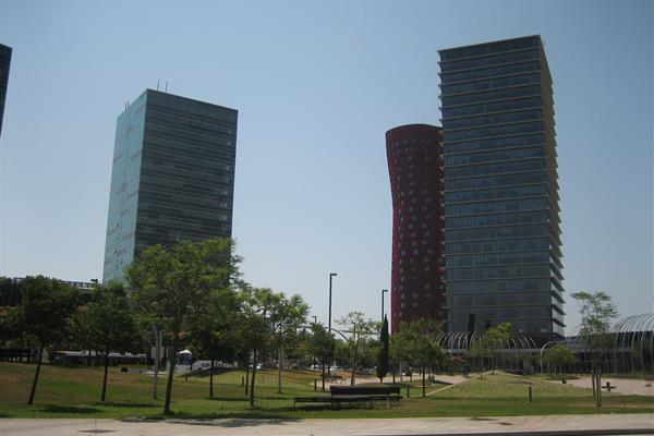 COVERING OF WELLS IN  PLAZA EUROPA DE L'HOSPITALET DE LLOBREGAT (BARCELONA)