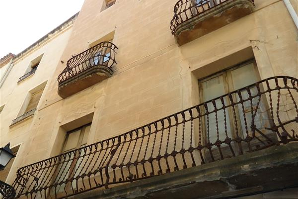 MODIFICATION OF THE STRUCTURAL PROJECT FOR A TERRACED HOUSE IN VILA-SECA (TARRAGONA)