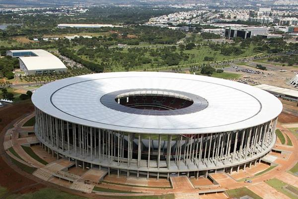 PRELIMINARY STUDY OF THE STRUCTURAL ASSEMBLY OF THE COVER OF THE NEW STADIUM IN BRASILIA (BRAZIL)