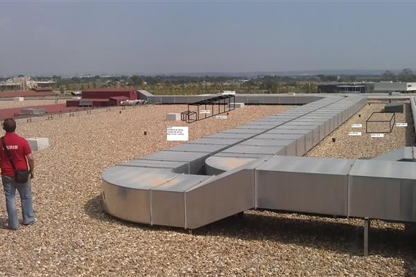 PLACING FACILITIES ON THE ROOF OF THE BUILDING TECHNO-PARK REUS (TARRAGONA)