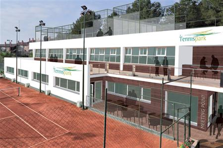PADDLE COURTS IN THE CLUB TENNIS PARK IN TARRAGONA